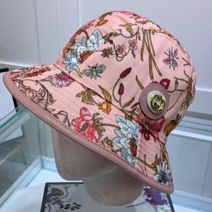 Gucci Bucket Hat with box